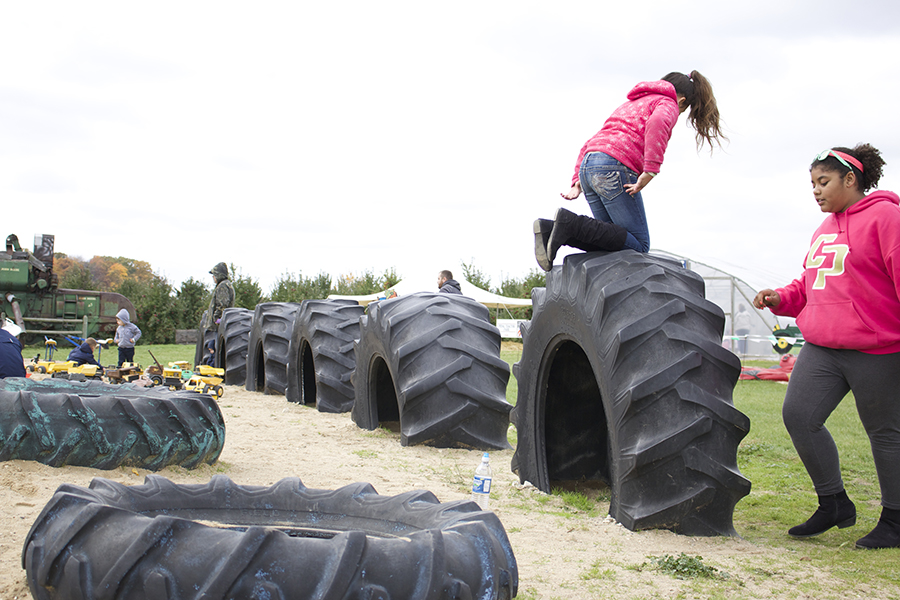 klackle orchard fall family farm tire