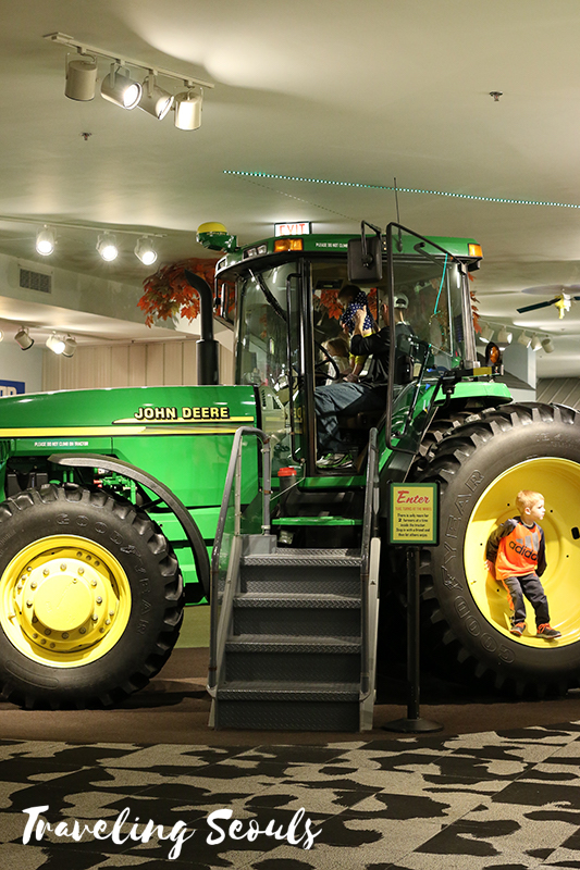chicago museum of science and industry illinois john deere tractor farm equipment