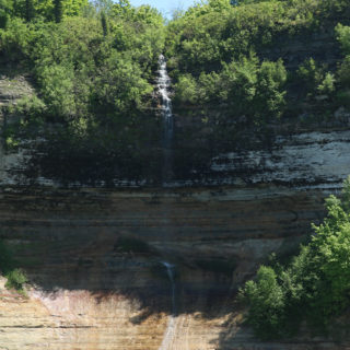 Sightseeing on Pictured Rocks Cruises